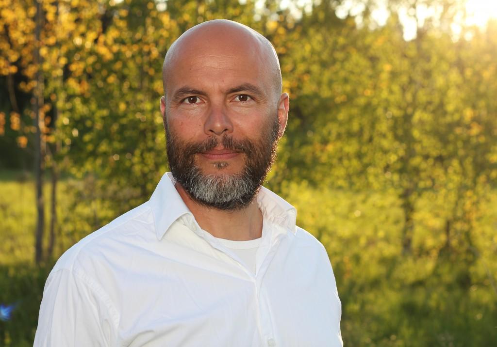 Walter Ambjörn - Porträtt